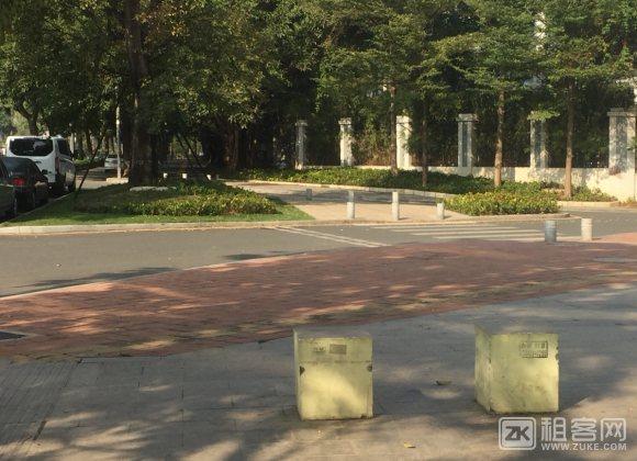 乐年广场-1