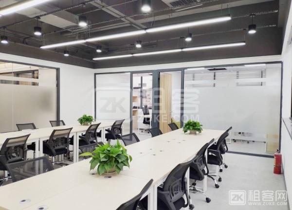 龙岗布吉精装80平工位卡位出租,6到10人间办公室-1