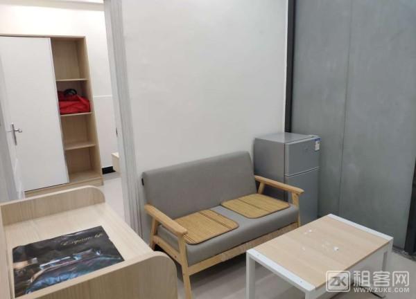 富泉新村内 A型一室一厅 精装修-1