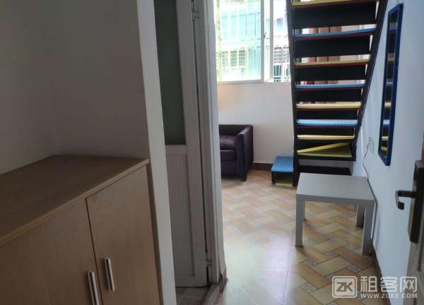 宝安酒店式公寓 复式直租-1
