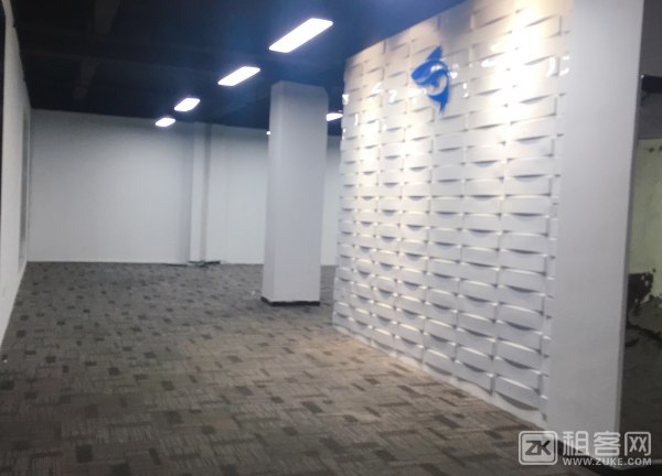 宝安西乡银田创意园特价写字楼45一平带装修-6