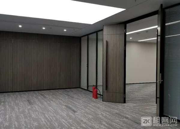 正电梯口+ 东南海景, 格局  7+1-5