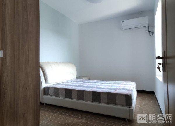 新房出租交通便利房间特别大-2