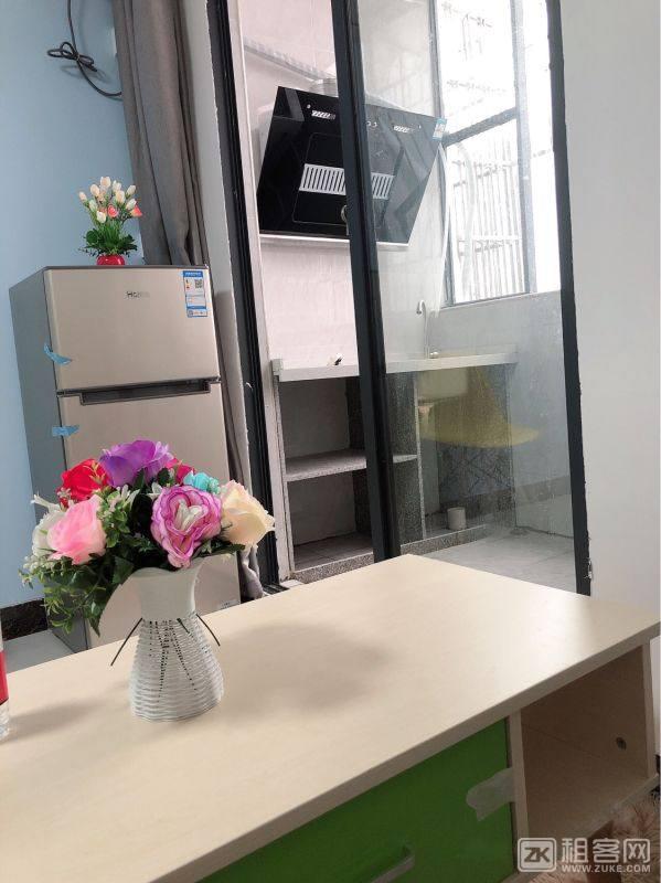 房东直租-非中介广州海珠3号线大塘地铁口旁一房一厅、单间、两房一厅、复式公寓出租1500元/月起-4