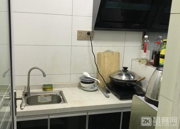 固戍地铁站100米连锁公寓出租-4