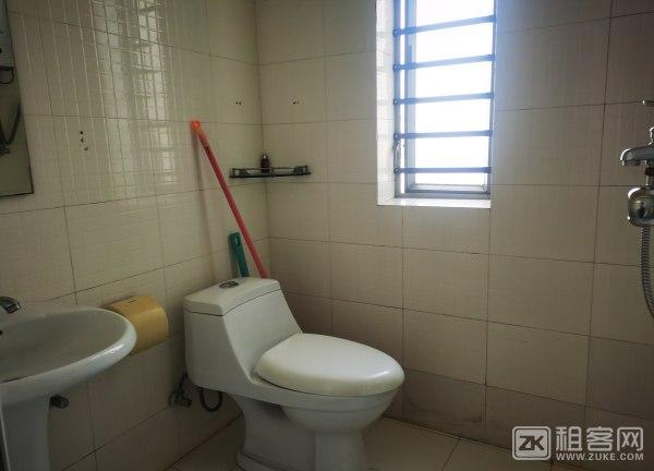 香蜜新村2房出租4800元,可做宿舍-5