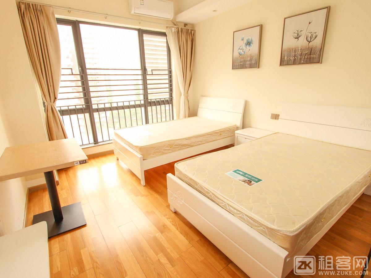 深圳北附近 一房大开间整租 家具齐全 无中介费