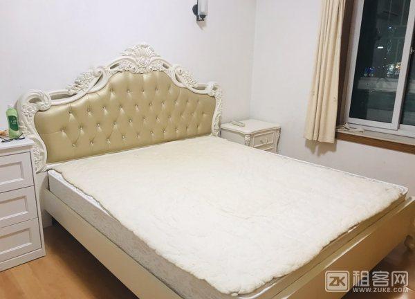 福田区上沙地铁三房一厅一卫7600月付。-1