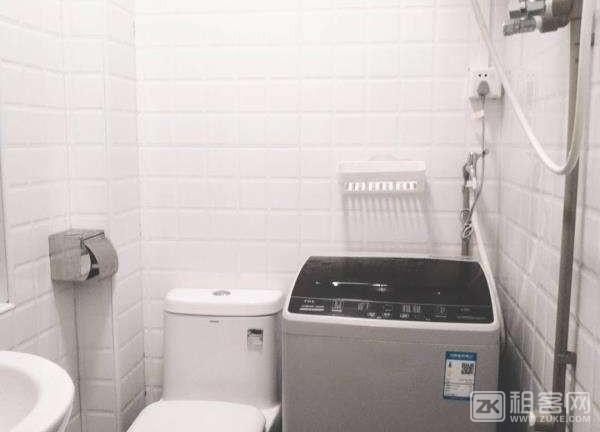 7号线沙尾地铁站公寓单间押一付一1500起-4