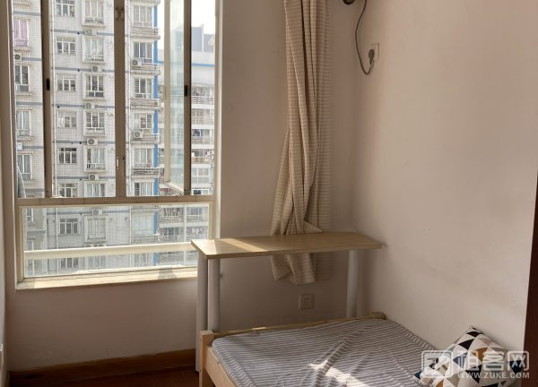 丽港湾,低密度(2电梯5户),阳光充足,户型方正,喜来登酒店旁,邻美食街-3